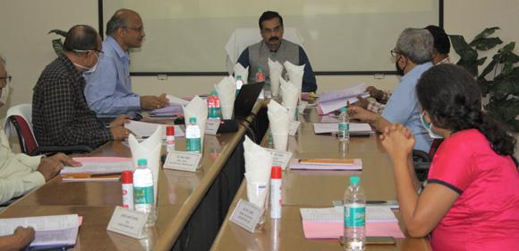 Dr Vinod Mohitkar Director